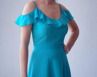 two piece dress, crop top and skirt set, silk, turquoise blue, off the shoulder, cold-shoulder, knee length