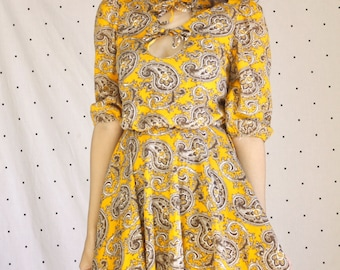 1960s 60s Paisely Bow Bodice Dress// 60s Psychedelic Babydoll Dress// Yellow 60s Mini Dress