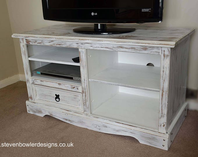 BARGAIN BUY White Coastal Style TV Unit in White Wash/Driftwood Style Finish with Pull Drawer & Media Storage Shelves In stock