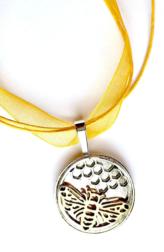 Bee Organza Ribbon Necklace, Silver Goldtone Bee Choker with Organza Ribbon, Bumblebee Pendant, Bee Honeycomb Organza Ribbon Choker Necklace