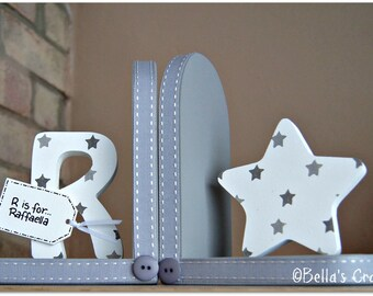Personalised Star Bookends with initial for children. Set of 2 bookends, one with an initial another one with a star.