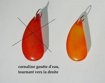 beautiful carnelian Teardrop shape Pendant (turns to the right)