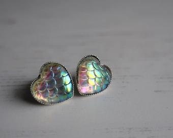 Mermaid Scale Stud Earrings - Opalescent