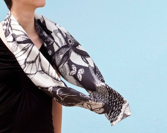 Twill of silk's scarf, mixed drawn animals (deer, rabbit, marmot, mouflon, butterflies), bright Black and White