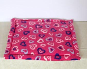 Cute Hearts Absorbent Guinea Pig/Hedgehog Lap Pad