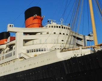 RMS Queen Mary, Cunard Ocean Liner - 8x10 Color Photo Ship Art Image
