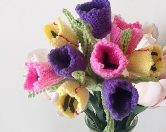 Flower knitting pattern, Knitting pattern for tulips, Knitted tulips, , floral display, knitted flower display, knitted flower gift, tulips