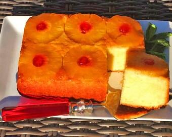 Pineapple Upside-Down Cake ( 8in x 6in) 12 servings