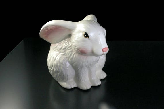 Bunny Rabbit Planter, White, Figurine, Porcelain, Collectible