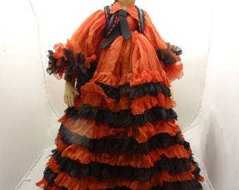 "Stunning 25"" SStunning Spanish Style Boudoir Doll, VGood Contition, Great Dress"