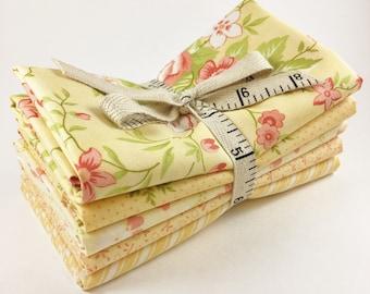 Ella and Ollie Fabric Fat Quarter Bundle - Fig Tree Fabric Bundle - Moda Fabric - Yellow - 5pc