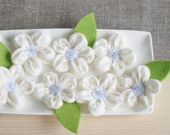Ivory fabric flowers, wedding flowers, wedding table decorations, ivory weddings bridesmaids, appliques embellishments, Wedding Party Decor