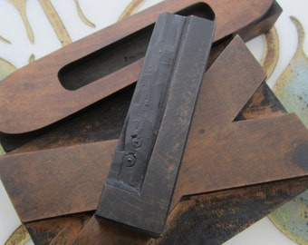 Letter L Antique Letterpress Wood Type Printers Block