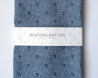 Circle Towel : Chambray Ground/Navy Print