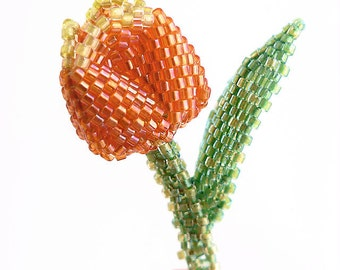 Instant Download - Tiny Tulip - Pin / Brooch - Beading Pattern - Dimensional Peyote