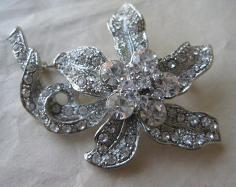 Flower Silver Rhinestone Brooch Clear Vintage Pin