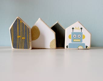 Wood decoration, small wood houses, kids gift idea, design decoration, small houses decor, robot decoration, small robot houses, kids room