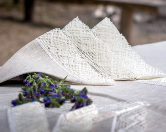 Linen napkins 15'' x 15'' with white linen lace trim, gift, weddings, table decoration for restaurant, banquet, hotel, kitchen, celebrations