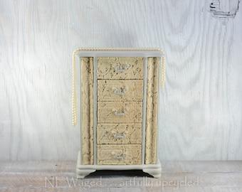 Shabby chic jewelry box, Large Jewelry Box, jewelry organizer, jewelry holder with vintage lace