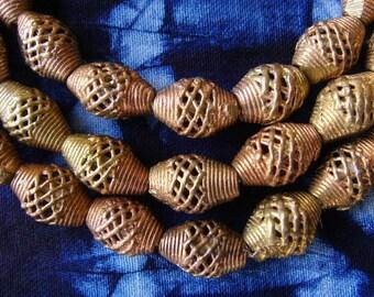 8 beads African brass BB21