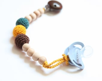 Pacifier clip, simple dummychain holder, Teething toy with crochet wooden beads. Rattle for baby.
