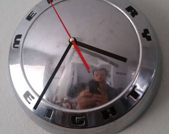 1962 Mercury Eight Hubcap Clock