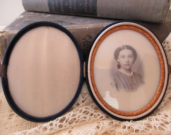antique photo in oval frame with glass - 1800s, 1900s, woman, blue velvet case, gold trim