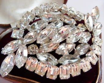 Vintage Kramer high fashion clear rhinestone vintage brooch pin | designer signed | rare size