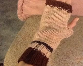 Brown Wrist Warmer Gloves