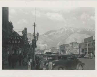 Vintage Snapshot Photo: Main Street, 1948 [85671]