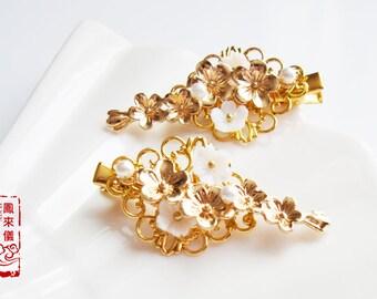 Flyin Chinese hair pin, gold flower hair clip, pearl hair jewelry, dainty hair, simple daily minimal,wedding bride bridesmaid, birthday gift