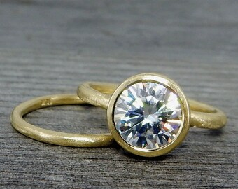 Moissanite 18k Yellow Gold Engagement Ring and Wedding Band Set - Recycled Metal - Forever One G-H-I - Diamond Alternative - Made To Order