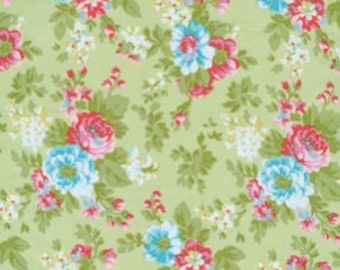 68019 Tanya Whelan Delilah flowers in  green TW34 - 1/2 yard