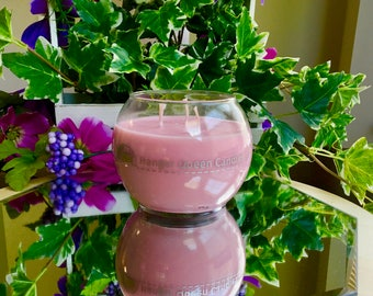 Rose Scented Hand-Poured Organic Soy Wax Candle (Lead-free) 20oz