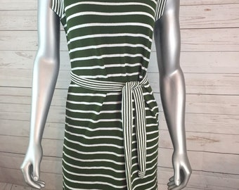 Fashion Frock Vintage Green and Cream Belted Knit Dress SZ 10 NOS