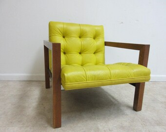 Mid Century Chesterfield Style Tufted Lounge Arm Chair A