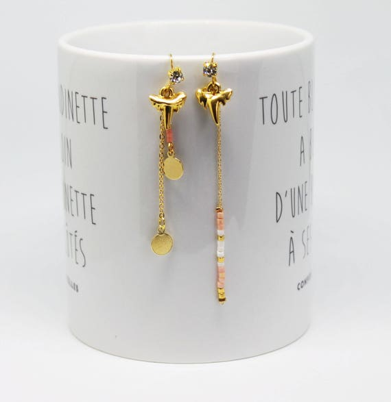Long earrings, asymmetrical boho chic, pink and gold shark tooth charm