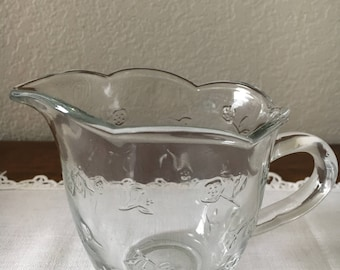 Anchor Hocking, Creamer, Vintage Creamer, Savannah Clear pressed glass floral creamer