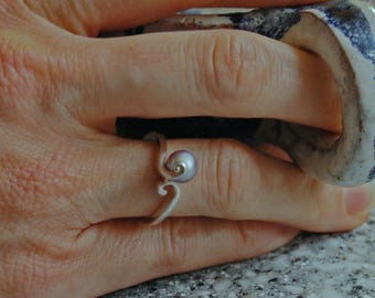 Elba- gray freshwater pearl, freshwater pearl ring, silver pearl ring, OOAK freshwater pearl, pearl jewelry, pearl statement ring, gift idea