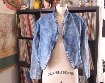 womens vintage 1980s acid wash denim jacket, cropped fit, open front