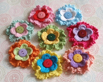8 Crochet Flowers With Button YH-149-01