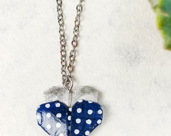 Collier bleu et argent | Pendentif en coeur | Bijou en origami | Pendentif multicolore |  Origami par Ökibo