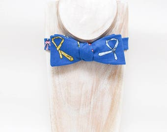 Blue tie-a-tie print freestyle small thistle bow tie