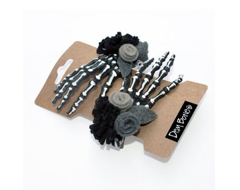 Skeleton Hand Hair Clip // Valentine Gift // Gothic Lolita Vampire Skeleton Black and White // Glam with Goth Undertone