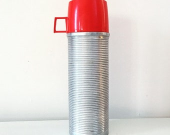 Vintage Thermos® No. 2284 Insulated Bottle Metal Vacuum Flask, Retro, Red Cup,  Ribbed Aluminum, Polly Red Top