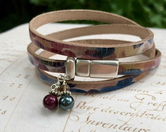 Leather wrap bracelet | Boho wrap bracelet | Leather bracelet | Pear charms | Romantic bracelet | Charm bracelet | Leather charm