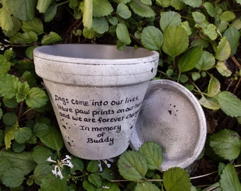 Personalized Pet Memorial - Dog Memorial - Cat Memorial - Pet Sympathy Gift - Pet Memorial Planter - Painted Flower Pot