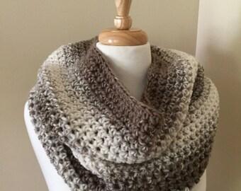Chunky Crochet Cowl-Chunky Neckwarmer-Circular scarf-Infinity Scarf-Ombre-Scarfie