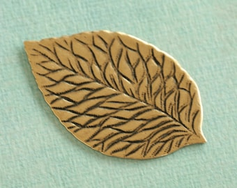 Antique Brass Leaf Finding 2302
