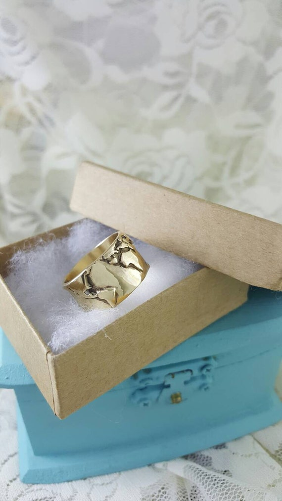 World map ring in solid gold world traveler ring wanderlust world map ring in solid gold world traveler ring wanderlust ring world map wide band ring gold world ring globe ring earth ring gold gumiabroncs Image collections